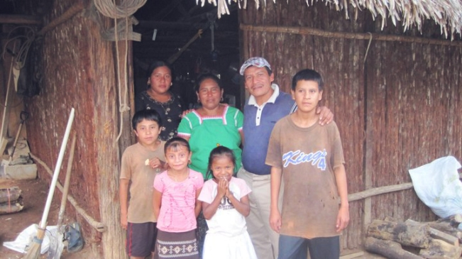 Quahkin with his family in San Pablo